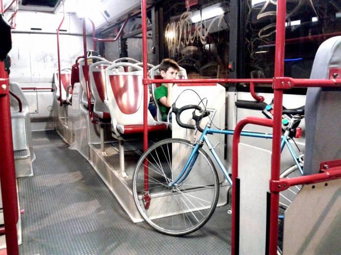 Bici su autobus a Roma